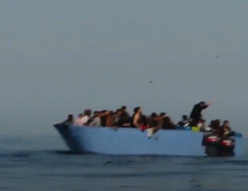 Migranti in 73 sbarcano nella notte sulle coste del Salento