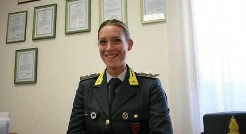Tenente Alessia Di Caro assume il comando nella Sezione Operativa della Compagnia di Caltagirone