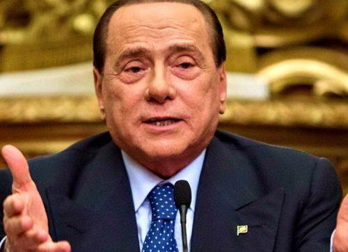 """Berlusconi ricoverato, Zangrillo: """"Blando coinvolgimento polmonare, non è intubato""""."""