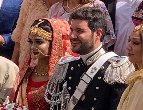 Maresciallo dei Carabinieri prende in sposa la sua Sumaiara, bellissima 25enne bengalese.