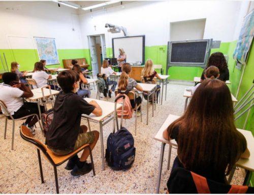 Entrano in classe, ma alunna è positiva: tutti in quarantena