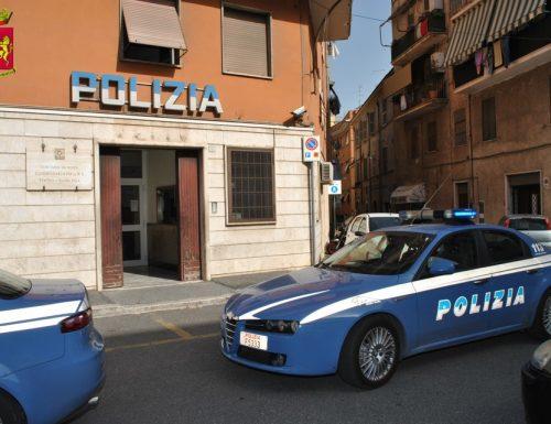 Pedina l'ex moglie in continuazione e la minaccia di morte: 55enne arrestato