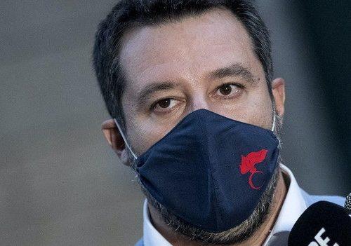 Coronavirus, Salvini: se mi ammalassi chiederei l'idrossiclorochina