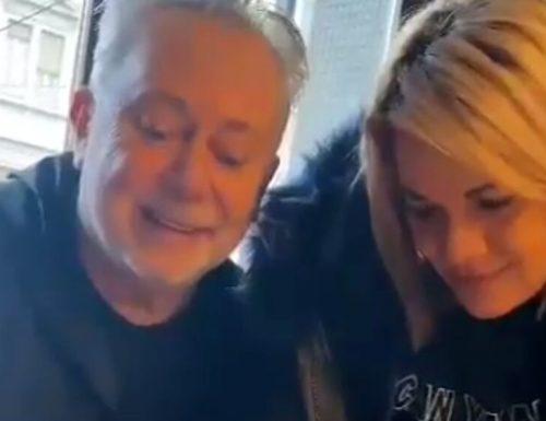 Angela da Mondello firma contratto con Lele Mora